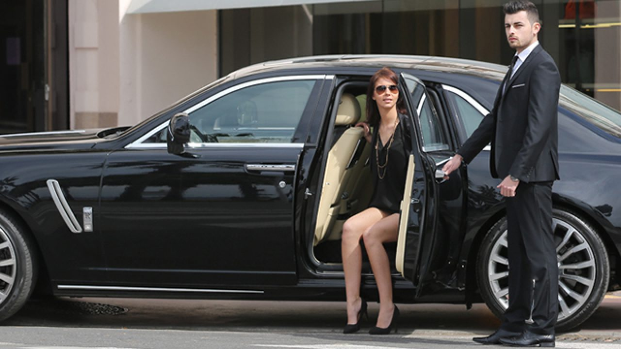 Chauffeured Limousine Hire - Reserved Only For The Elite?